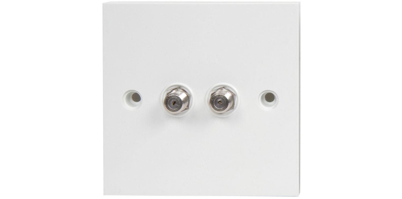 BA52 Flush double F outlet